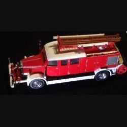 MATCHBOX MODELS OF YESTERYEAR YFE07 1938 MERCEDES KS15 FIRE TRUC