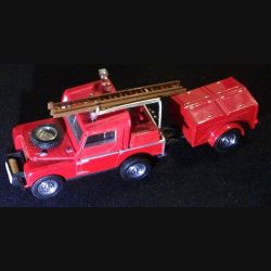 MATCHBOX MODELS OF YESTERYEAR YFE-2 1952 LAND ROVER FIRE TRUCK