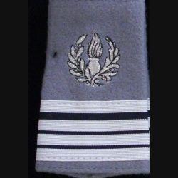 FOURREAU COMMISSARIAT : Fourreau de commandant du commissariat sur fond gris