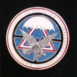 GSIGN : insigne de brevet du Groupement de Sécurité et d'intervention de la Gendarmerie Nationale de fabrication Y. Boussemart modèle prestige argenté