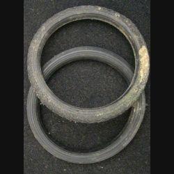 2 PNEUS D'AUTOMOBILE DIAMÈTRE INTÉRIEUR 5,5 cm