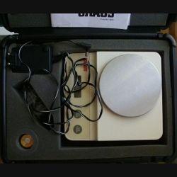 Balance électronique de précision OHAUS modèle C 305 S sans batterie avec tare dans sa boite de transport