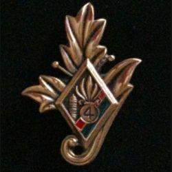 4° REI : insigne du commissariat du 4° régiment étranger d'infanterie couleur rouge et verte en bronze massif tirage dissolution