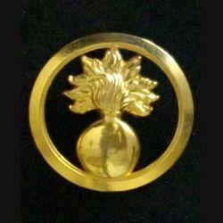 INSIGNE DE BÉRET DES ÉCOLES : insigne de béret des écoles doré fabriqué par Boussemart en 2001