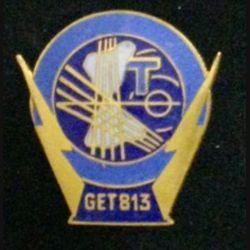 813° GET : insigne du 813° groupe d'exploitation des transmissions en émail de fabrication Drago G.1800 attache à pin's dont un est cassé