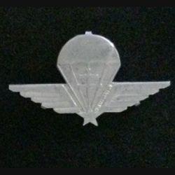 GCF : Insigne du groupe de commando de France en aluminium avec la croix de Lorraine en relief