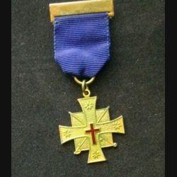 AUSTRALIE : médaille religieuse australienne en métal doré de dimension 3,7 cm x 9 cm