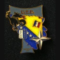 TRANS : insigne de l'unité de transmission divisionnaire (UTD), XIV° mandat, de la division Salamandre de la SFOR de fabrication Delsart