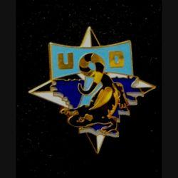 TRANS : insigne de l'unité de transmission divisionnaire (UTD), 9° mandat, de la division Salamandre de la SFOR de fabrication Balme n°254