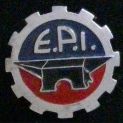 E.P.I : insigne inconnu école du matériel ou de l'infanterie ou école civile d'ingénieur de fabrication Augis en alu peint