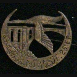 25° ET : insigne du 25° escadron du train de fabrication chobillon, matricé avec épingle à bascule