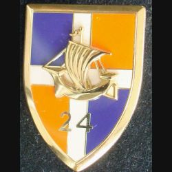 24° RI : insigne métallique du 24° régiment d''infanterie fabriqué par Arthus Bertrand pour les éditions Atlas