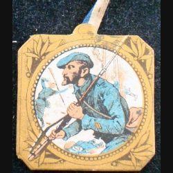 JOURNEE 1914 - 1918 : insigne cartonné sur la journée du poilu 31 octobre 1° novembre 1915