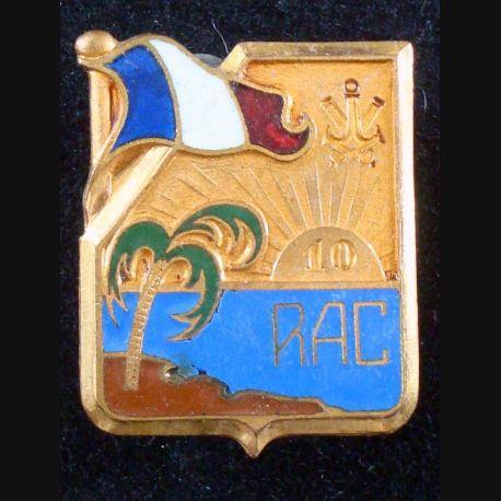 10° régiment d'artillerie coloniale de fabrication Drago Paris Nice en émail avec un infime éclat