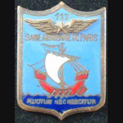 BA 117 Paris de fabrication Mardini en émail épingle aux extrémités coupées