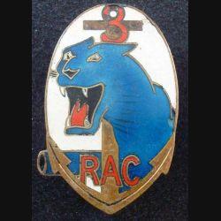 3° RAC : insigne métallique du 3° régiment d'artillerie coloniale de fabrication Arthus Bertrand Paris Déposé en émail attache ressoudée