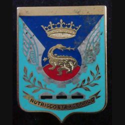BA 273 : insigne métallique de la base éreinne 273 de Romorantin de fabrication Drago A. 866