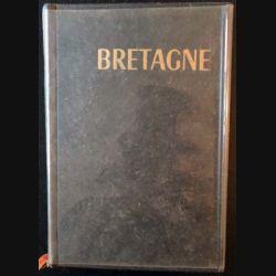1. Bretagne les guides bleus clés du Monde aux éditions librairie Hachette 1967