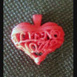 Petit coeur bijou Alienor Mozart rouge de largeur 2 cm
