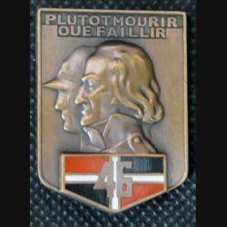46° RI : insigne métallique du 46° régiment d''infanterie fabriqué par Arthus Bertrand pour les éditions Atlas
