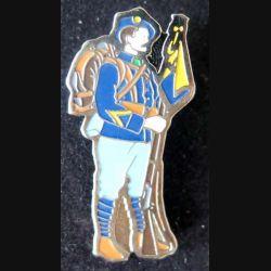 BCA : pin's métallique de chasseur alpin hauteur 4 cm