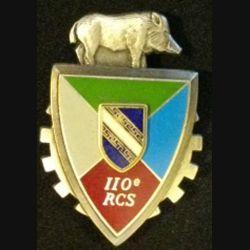 110°RCS : insigne métallique du 110° régiment de commandement et des services de fabrication Delsart 2999 en relief