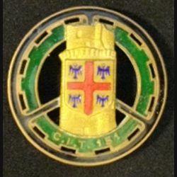 151° CIT : insigne métallique du 155° centre d'instruction du train de fabrication Drago Paris G. 1221 en émail avec un pontet collé