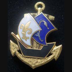 GAG : insigne du groupement Antilles Guyane de fabrication Drago Paris Nice embouti en émail