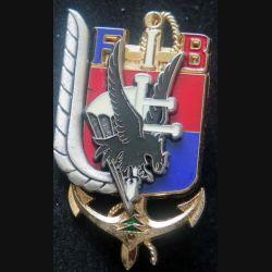 3° RPIMA FIB : insigne métallique du 3° régiment parachutiste d'infanterie de marine FIB Beyrouth de fabrication Delsart