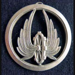 TRAIN : Insigne métallique de béret de fabrication Drago Paris attache cassée