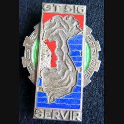 516° GT : Insigne métallique du 516° groupe de transport de fabrication Drago Olivier Métra en argent et en émail