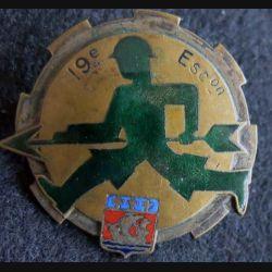 19° ERT : 19° escadron régional du Train avant 1945 bronze et émail