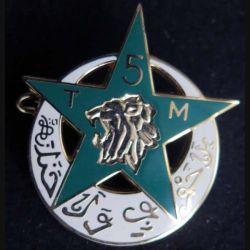 5° RTM : insigne métallique du 5° régiment de tirailleurs marocains fabriqué par Arthus Bertrand pour les éditions Atlas
