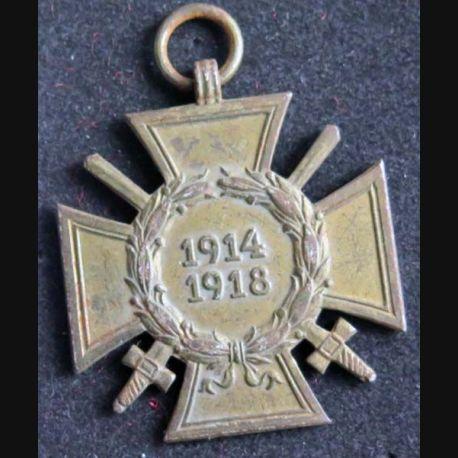 ALLEMAGNE : médaille de la croix de guerre allemande 1914 - 1918 en bronze