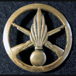 INFANTERIE : Insigne de béret infanterie de fabrication L. Bichet
