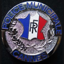 POLICE : insigne métallique de la police municipale de Cannes (6)