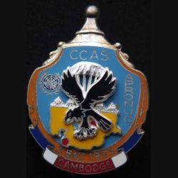 1° RCP : insigne métallique de la compagnie de commandement d'appui et de soutien CCAS du 1° régiment de chasseurs parachutistes au Cambodge APRONUC de fabrication Ballard finition ARGENT avec poinçon
