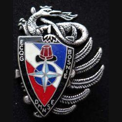 14° RPCS : insigne métallique de l'ECQG escadron de circulation quartier général du 14° Régiment parachutiste de commandement et de soutien en Bosnie DMNSE de fabrication Ballard