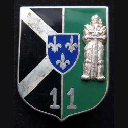 501° RCC : insigne métallique du 11° escadron du 501° régiment de chars de combat de fabrication Ballard