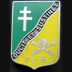 501° RCC : insigne métallique de l' escadron de commandement et des services ECS du 501° régiment de chars de combat de fabrication Ballard