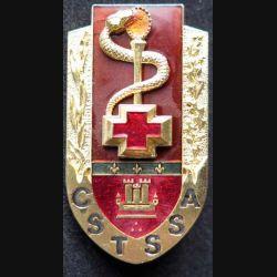 CSTSSA VINCENNES : insigne métallique du centre de soutien technique du service de santé des Armées de Vincennes de fabrication Ballard G. 4868 Prestige translucide