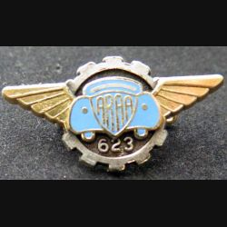 ARRA 623 : insigne métallique de l'atelier de régional de l'armée de l'air de fabrication Ballard A. 608
