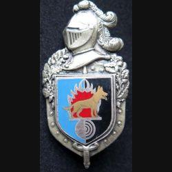 GENDARMERIE : insigne métallique du chenil central de la gendarmerie nationale de fabrication Drago Romainville (écu fabrication Drago)