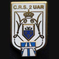 CRS 2 UAR : insigne métallique de l'unité autoroutière de la compagnie républicaine de sécurité n° 2 de fabrication Ballard avec insigne autoroute en relief