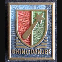 1° armée française Rhin et Danube de fabrication H. Bucher métal peint