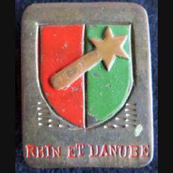 1° armée française Rhin et arisanal métal peint 32 x 26 mm
