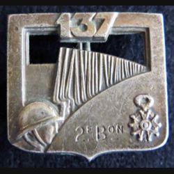137° régiment d'infanterie 2° bataillon Arthus Bertrant Paris dos embouti lisse