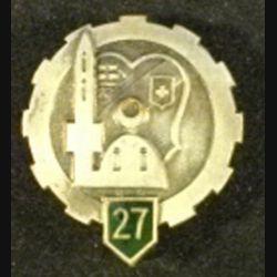 27°ET : insigne métallique du 27° escadron du train en émail gros boléro percé