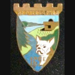 162° RIF : insigne mértallique du 162° régiment d'infanterie de forteresse de la NIED de fabrication Arthus Bertrand Paris Déposé dont l'épingle est partiellement cassée